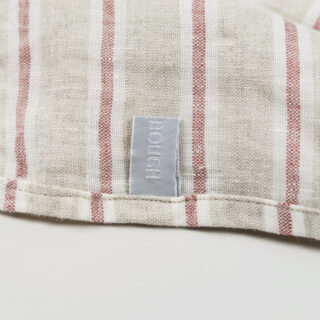 stripe napkin ruby 01